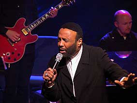 andraecrouch.jpg